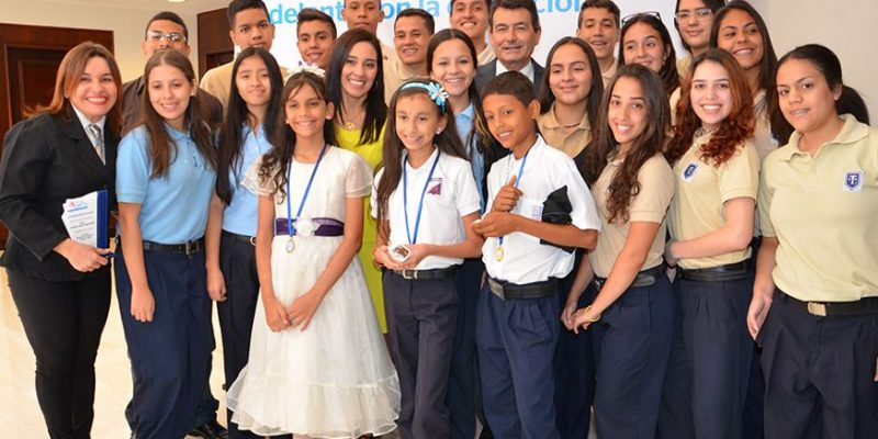 Ganadores Concurso Programa Papagayo 2016 Fundación BBVA Provincial